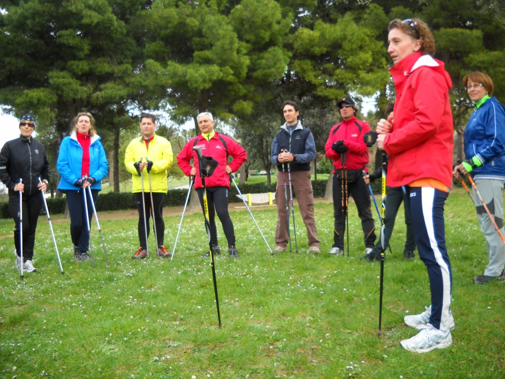 Concluso con successo il corso istruttori Nordic Walking di Sirolo ... 45b49990a9a